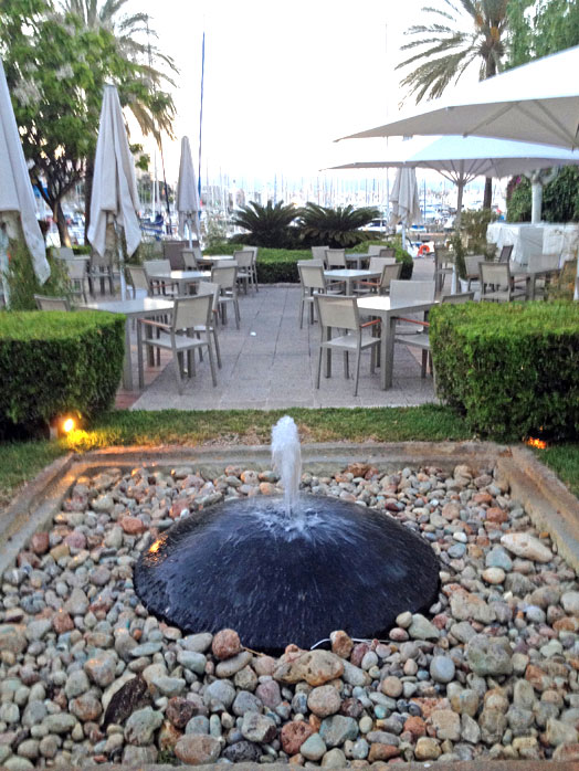 Black Stone - Fountains